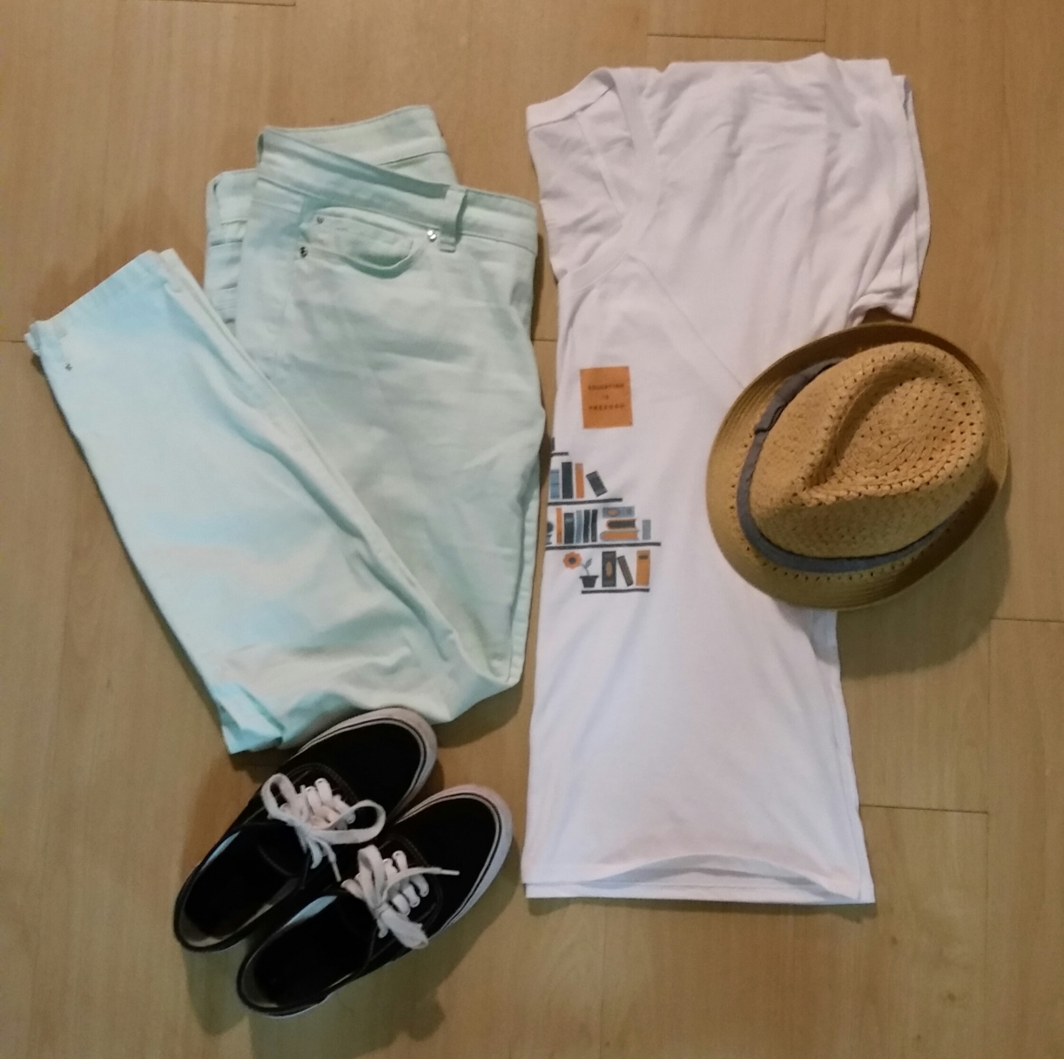 Casual outfit: Mint pants, Sevenly white shirt, straw hat, and black sneakers