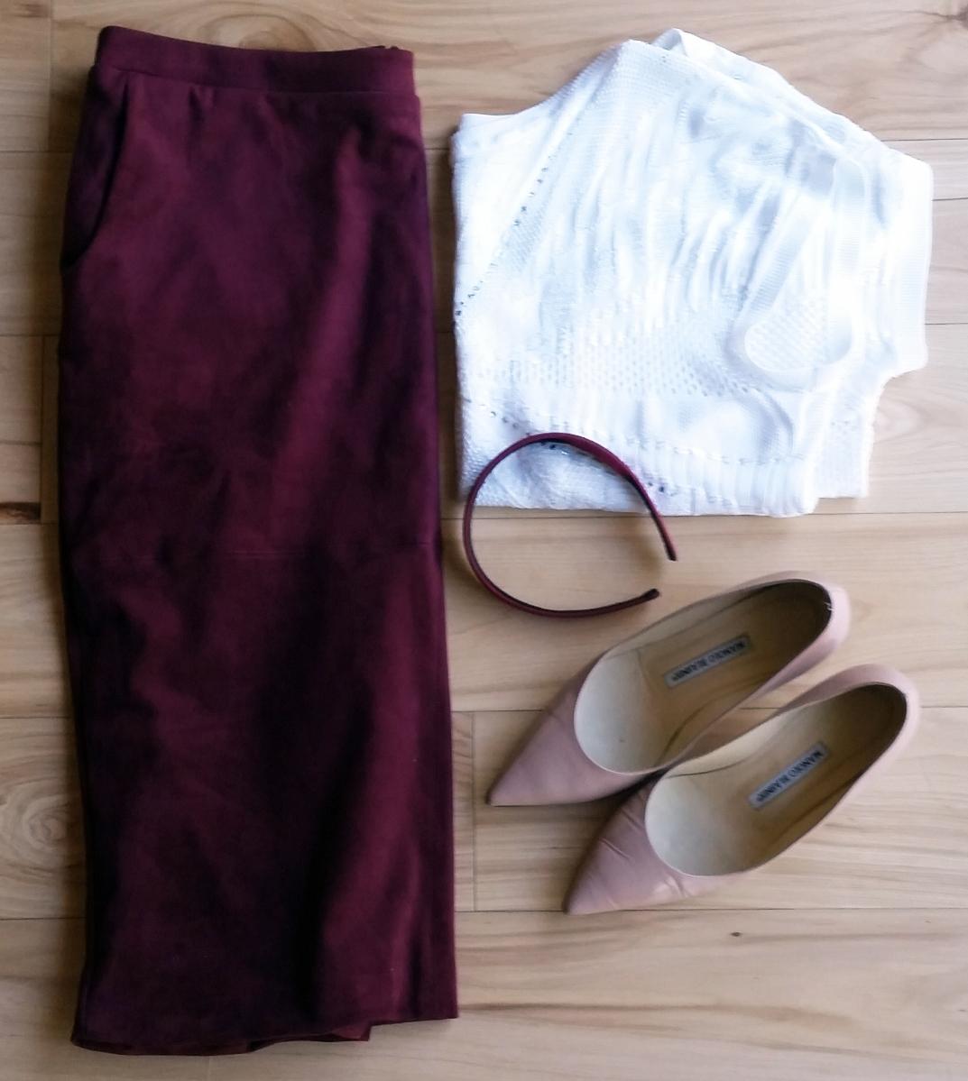 Maroon skirt, white top, beige shoes, maroon headband